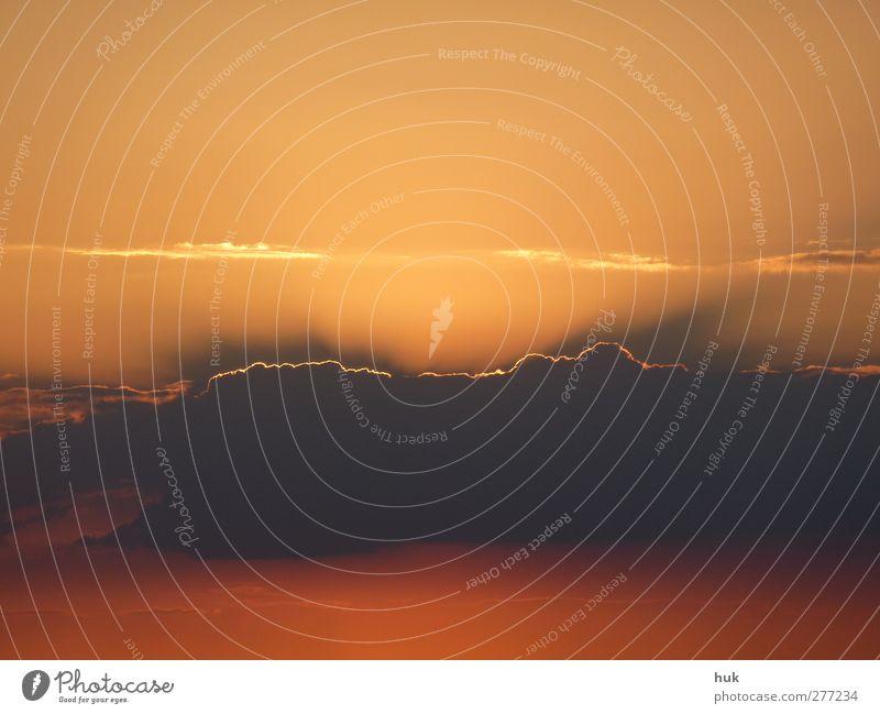 schwarz rot gold mal anders Natur Himmel Wolken Sommer Schönes Wetter dunkel hell gelb orange Romantik ruhig einzigartig Erholung Farbe Ferien & Urlaub & Reisen