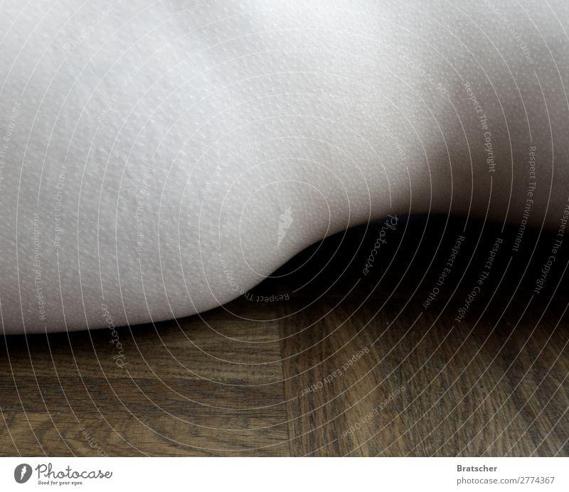 Süskind Frau Mensch schön Erotik Erwachsene Holz feminin Kunst Körper Haut Sehnsucht Gesäß Duft Skulptur Scham Kunstwerk