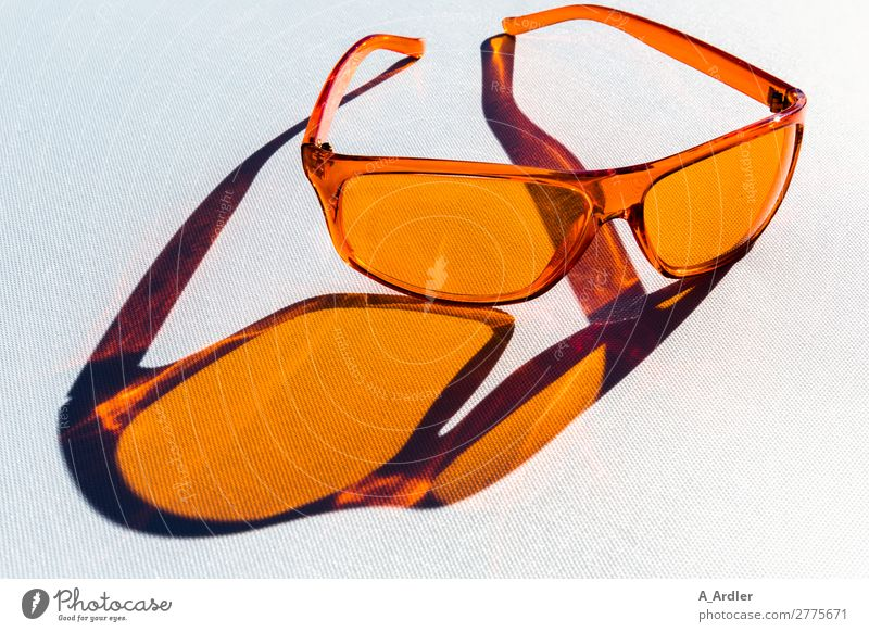coole Sonnenbrille Ferien & Urlaub & Reisen Sommer blau weiß Meer Strand schwarz Lifestyle Stil Kunst außergewöhnlich Mode orange Design elegant