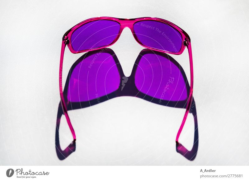 Farbbrille Lifestyle Stil Design Meditation Freizeit & Hobby lesen Ferien & Urlaub & Reisen Sommer Sommerurlaub Sonne Sonnenbad Party Kunst Schönes Wetter Mode