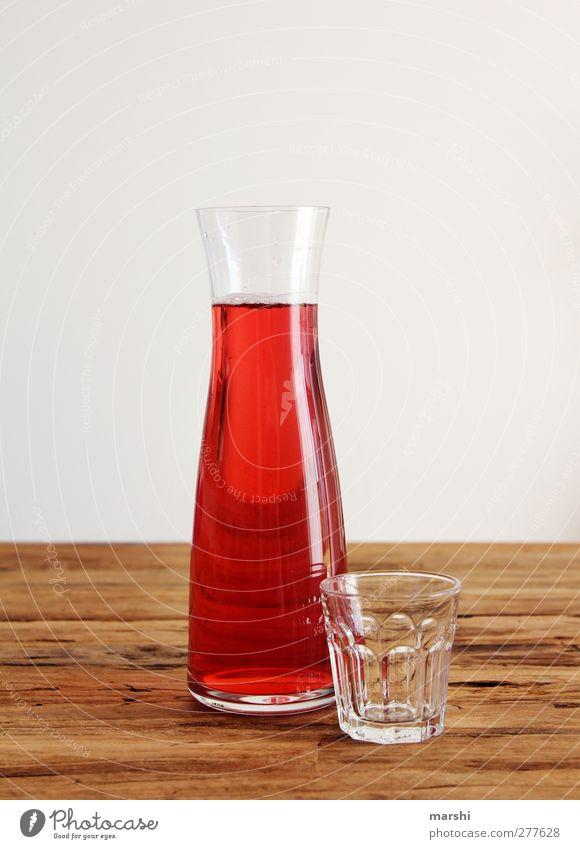 Johannnisbeerensaftschorle Lebensmittel Frucht Getränk trinken Erfrischungsgetränk Limonade Saft rot Karaffen Glas Durst Durstlöscher Johannisbeeren