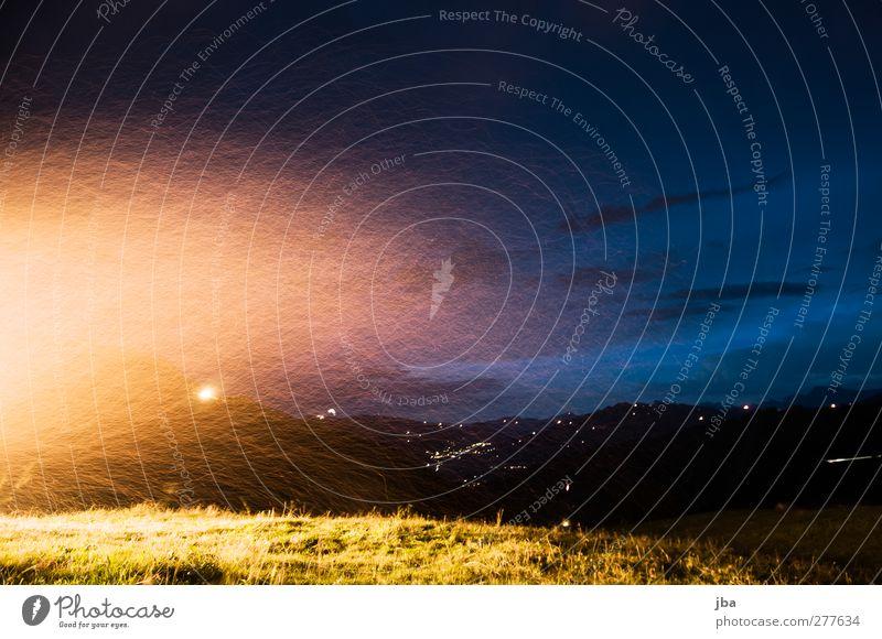1. August Zufriedenheit Erholung Nationalfeiertag Umwelt Landschaft Urelemente Feuer Luft Himmel Sommer Schönes Wetter Wind Gras Wiese Alpen Berge u. Gebirge