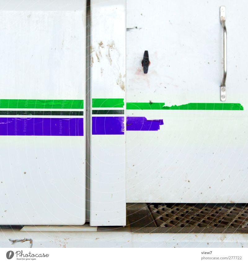 zierstreifen gebraucht Mauer Wand Verkehr Fahrzeug Metall Linie Streifen alt authentisch frisch kalt modern blau mehrfarbig grün ästhetisch Design Ordnung rein