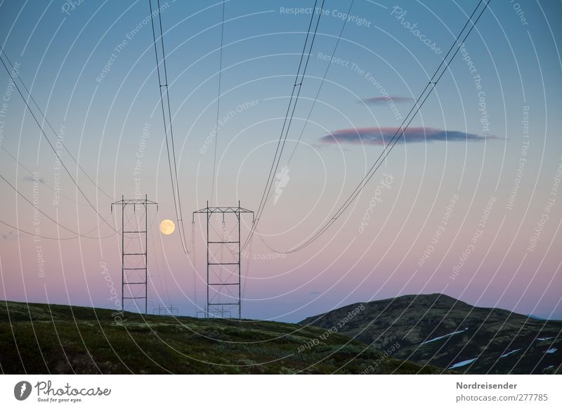 Hochspannende Landschaft Himmel Stadt Farbe Einsamkeit Landschaft Ferne Berge u. Gebirge Architektur Linie Horizont Stimmung Eis Klima Energiewirtschaft Energie Frost