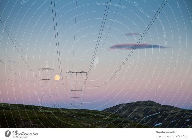 Hochspannende Landschaft Technik & Technologie Energiewirtschaft Energiekrise Himmel Nachthimmel Mond Vollmond Klima Eis Frost Berge u. Gebirge Architektur