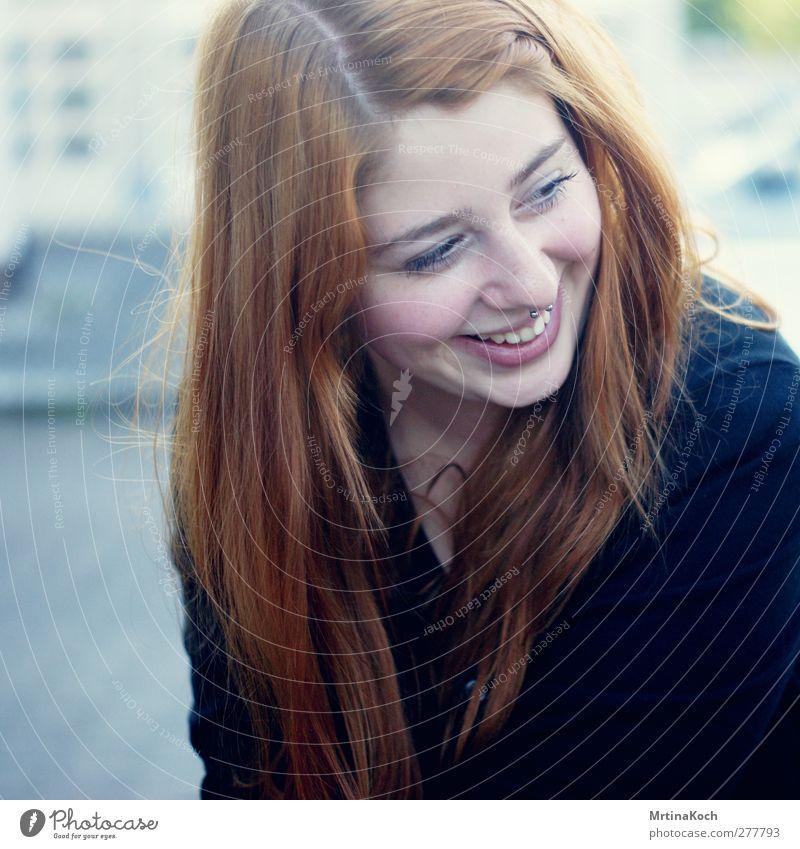svea. Mensch feminin Junge Frau Jugendliche Erwachsene Leben 1 18-30 Jahre Optimismus Vertrauen Sicherheit Warmherzigkeit Sympathie Zusammensein Liebe