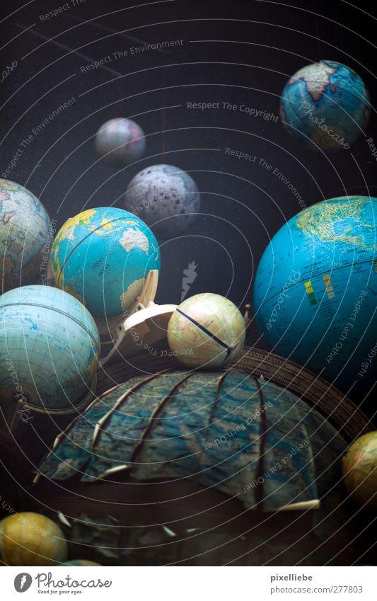 Weltenbummler blau Ferien & Urlaub & Reisen Umwelt Erde Studium Dekoration & Verzierung lernen Macht rund Bildung Unendlichkeit Beruf Wissenschaften entdecken