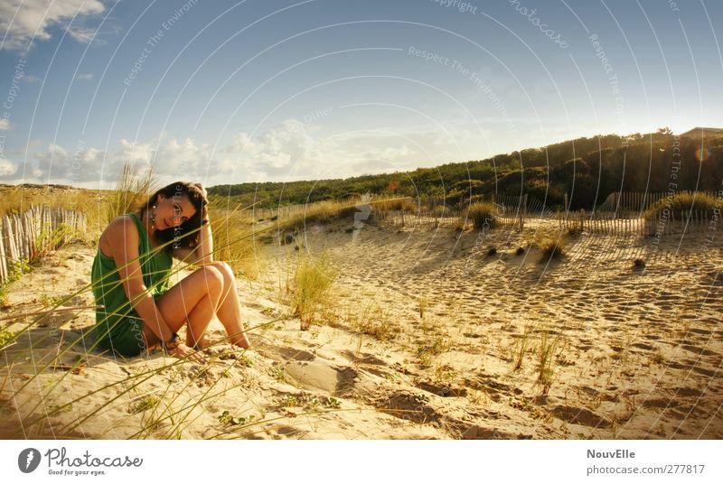 If you ever. Mensch feminin Junge Frau Jugendliche Leben 1 18-30 Jahre Erwachsene Landschaft Sand Himmel Wolken Sonne Sommer Schönes Wetter Wärme Sträucher