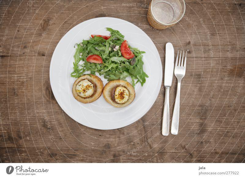 zu tisch! Gesundheit Glas Lebensmittel Trinkwasser Ernährung Getränk Gemüse Appetit & Hunger Geschirr lecker Teller Bioprodukte Abendessen Messer Mittagessen