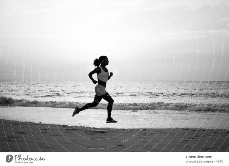 jogging Mensch Jugendliche Ferien & Urlaub & Reisen schön Sommer Sonne Meer Strand Ferne Sport Leben Junge Frau Bewegung Freiheit Gesundheit Körper