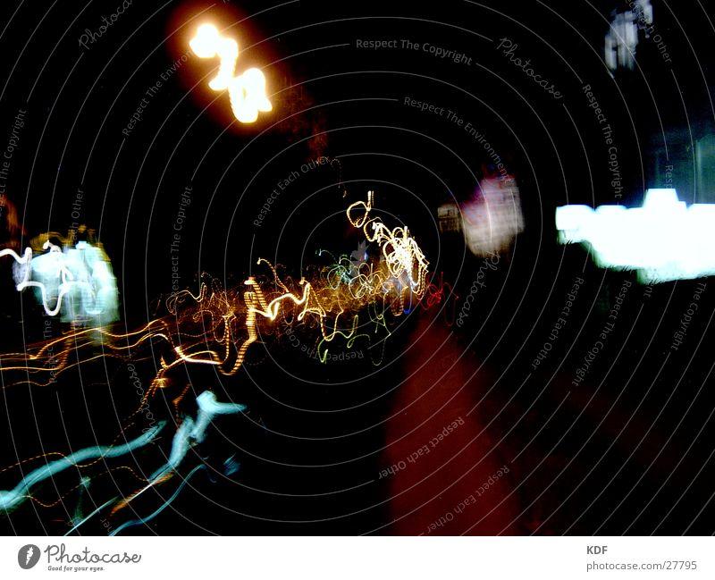 ...licht ins dunkel Nacht Licht Langzeitbelichtung Bremen KDF Farbe