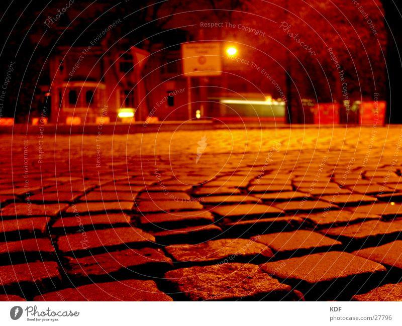 .....nachts umtribig..... Stadt gelb Stein orange Bremen