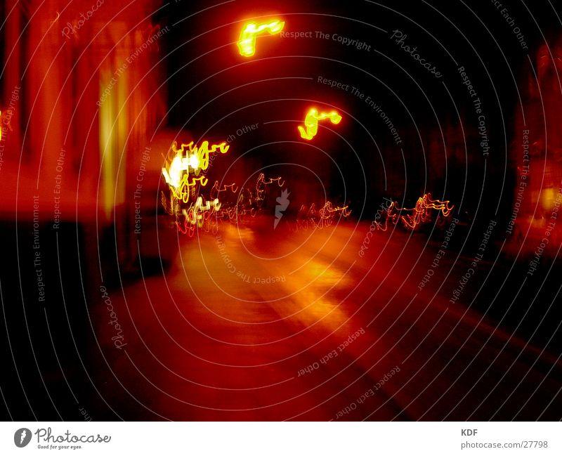 ....nachts umtriebig.... Nacht Bremen Langzeitbelichtung gelb rot Straße KDF orange