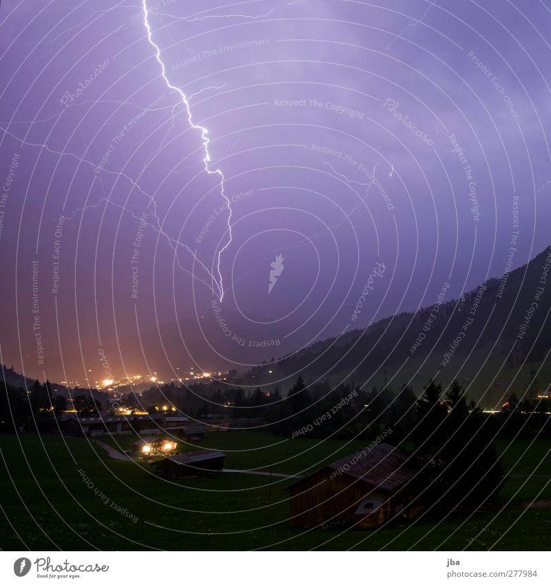Naturgewalt! Himmel Sommer dunkel Berge u. Gebirge Leben hell Felsen Klima natürlich Energie leuchten Kraft Urelemente Macht Alpen