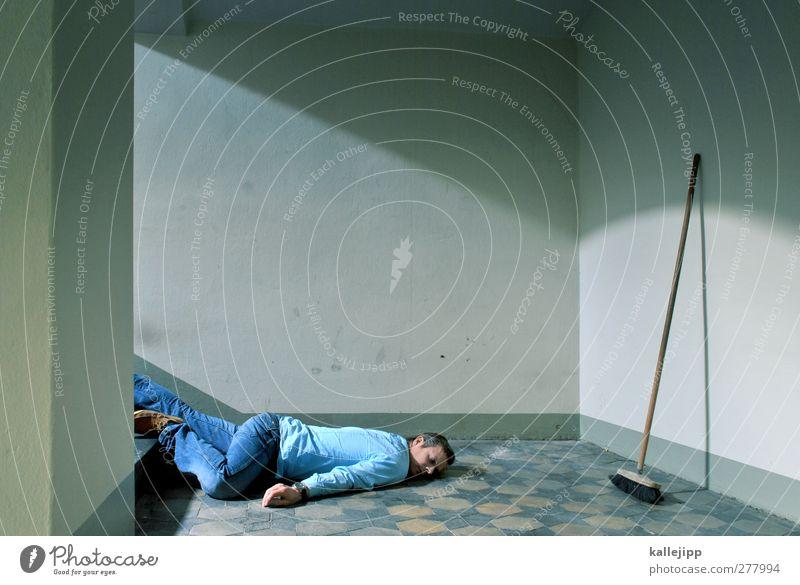 besen, besen! seids gewesen. Mensch Mann ruhig Erwachsene Körper Arbeit & Erwerbstätigkeit Treppe maskulin schlafen Pause Reinigen Beruf Sturz
