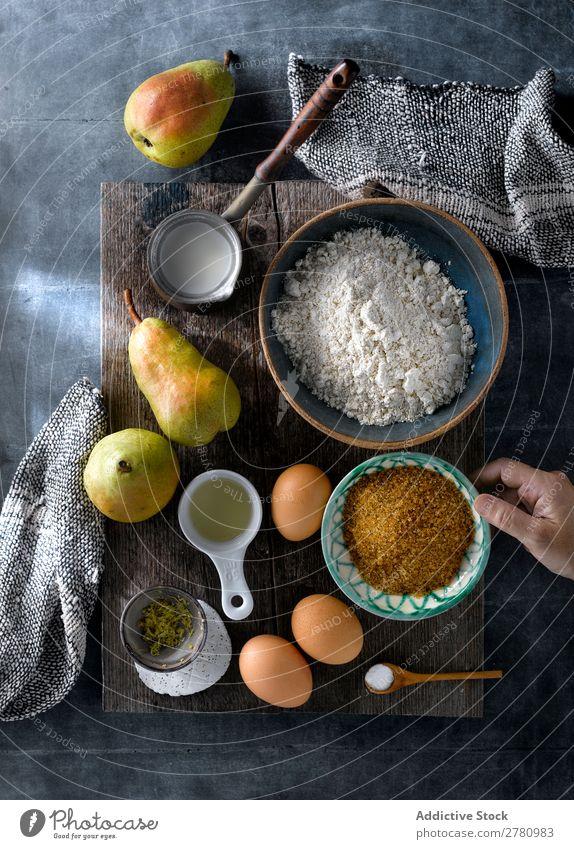 Kochkuchen mit frischen Birnen kochen & garen Kuchen Zutaten Rezept Produkte mischen Dessert Vorbereitung rustikal Küche Entwurf Lebensmittel Bäckerei