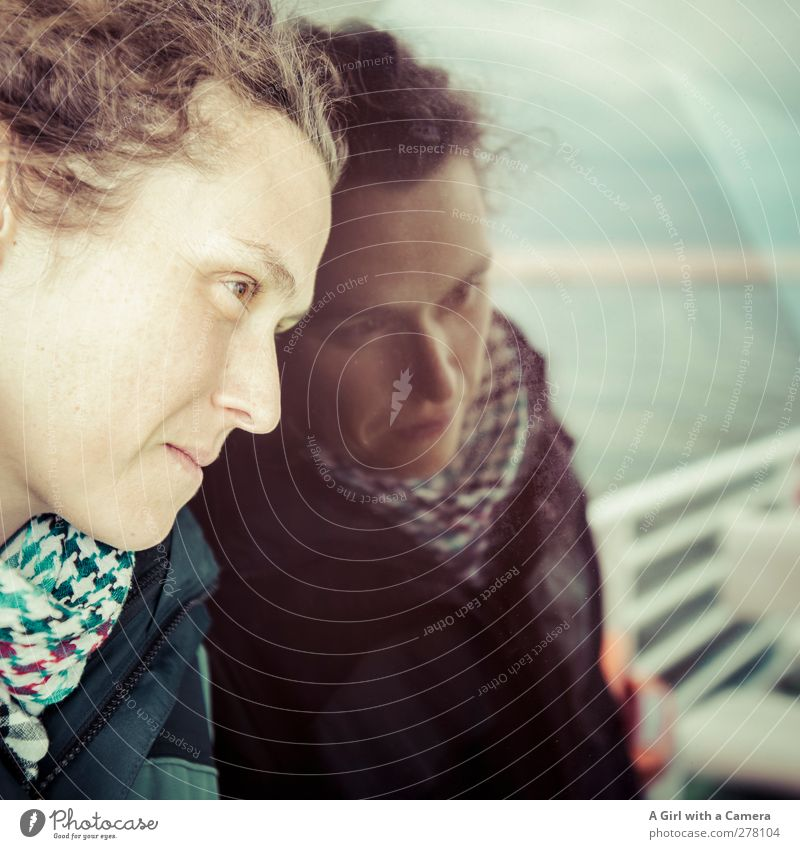 Hiddensee l Miss K Mensch Jugendliche schön Meer Erwachsene Gesicht feminin Leben Junge Frau träumen natürlich nachdenklich einzigartig stark Schifffahrt seriös