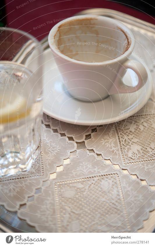 Coffee break weiß Metall Glas Trinkwasser leer Getränk Kaffee trinken genießen Café Tasse Restaurant Spitze Erfrischungsgetränk Cappuccino