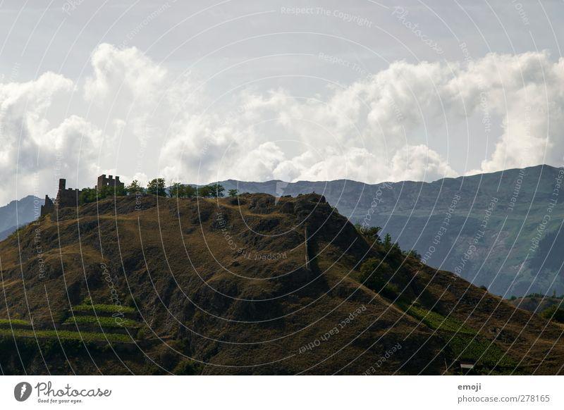 Sitten / Sion [CH] Himmel Natur alt Wolken Landschaft Umwelt außergewöhnlich Hügel Schweiz Wahrzeichen