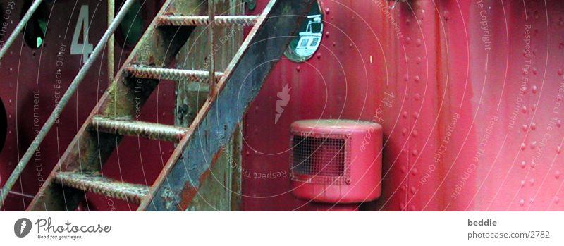 Das Feuerschiff Wasserfahrzeug Leuchtturm rot historisch Treppe