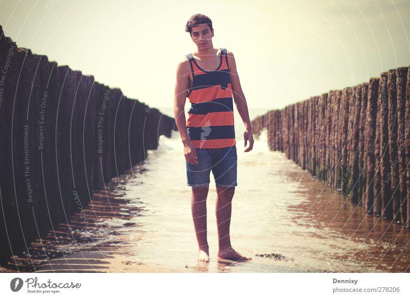 Roadtrip Mensch Jugendliche Ferien & Urlaub & Reisen schön Sommer Freude Strand Erwachsene Freiheit Stil Junger Mann 18-30 Jahre Wellen natürlich maskulin