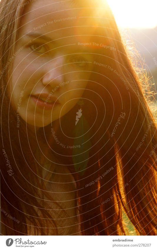 SUNSHINE Mensch Junge Frau Jugendliche Erwachsene Leben Haare & Frisuren Gesicht 1 Sonne Sonnenlicht brünett langhaarig ästhetisch schön einzigartig natürlich