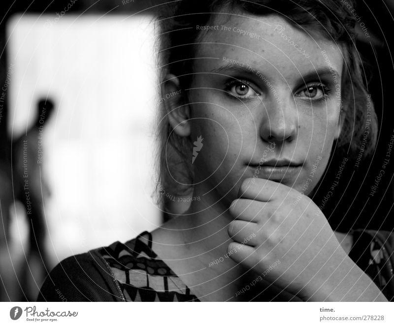 . Mensch Frau Jugendliche schön ruhig Erwachsene feminin Stimmung Hintergrundbild 18-30 Jahre natürlich maskulin authentisch nachdenklich beobachten einzigartig
