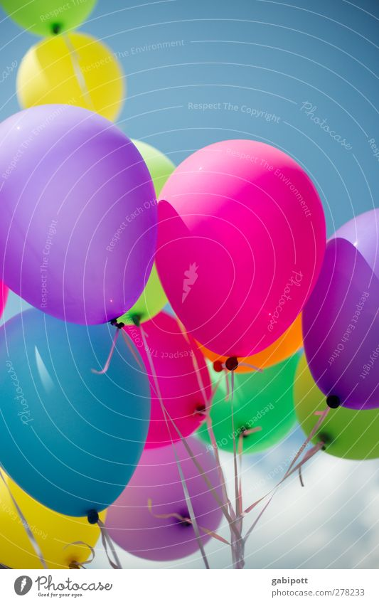 Gute Laune Ballons Luftballon Glück positiv rund blau mehrfarbig grün violett rosa Freude Fröhlichkeit Lebensfreude Feste & Feiern Geburtstag Party