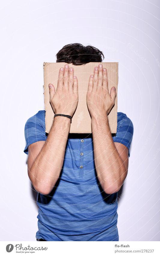 Gesichtspappe Mensch Mann Jugendliche blau Erwachsene Gesicht Junger Mann 18-30 Jahre maskulin Schilder & Markierungen stehen stoppen Medien Theaterschauspiel dumm brünett