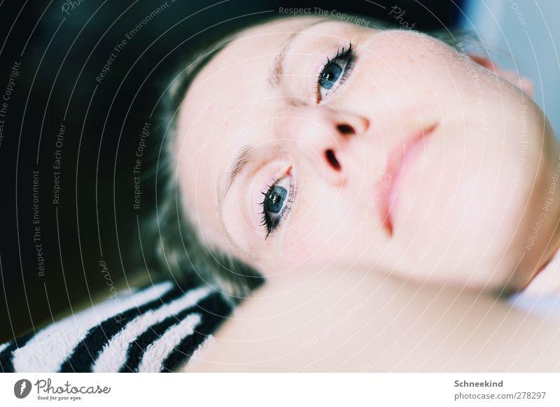...Shortly After... Mensch Frau Jugendliche schön Erwachsene Gesicht Auge feminin Leben Junge Frau Haare & Frisuren Kopf 18-30 Jahre natürlich Haut Mund