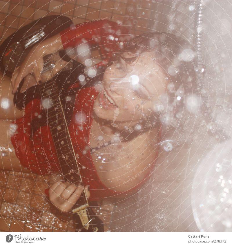 rock everywhere Mensch Jugendliche schön Freude Erwachsene Gesicht feminin Junge Frau 18-30 Jahre wild Freizeit & Hobby glänzend nass verrückt Wassertropfen