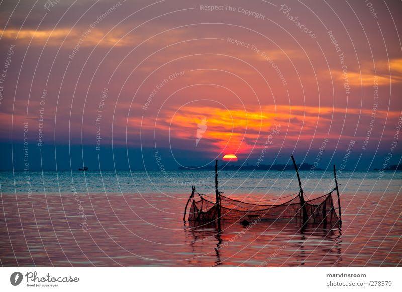 das Netz Strand Meer Insel Natur Wasser Himmel Sonne Sonnenaufgang Sonnenuntergang Bucht orange Gelassenheit Frieden Farbfoto Dämmerung Weitwinkel