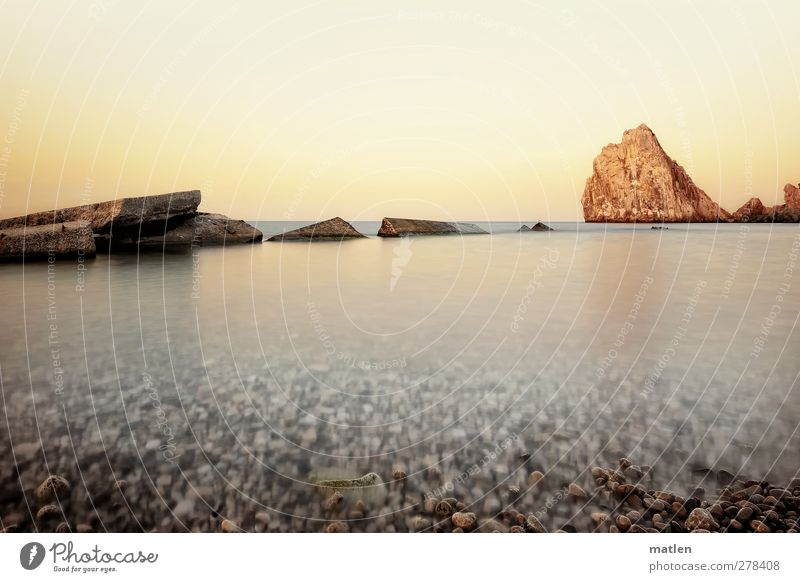 stone washed Himmel Wasser weiß Meer Strand Landschaft Küste Horizont braun Felsen Schönes Wetter Wolkenloser Himmel bewegungslos