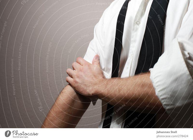 Hitch up 2 Stil Wirtschaft Börse Unternehmen Karriere Mann Erwachsene Arme Hand 1 Mensch 18-30 Jahre Jugendliche Hemd Krawatte elegant weiß Kraft Tatkraft