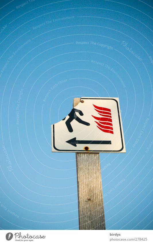 Kopflose Flucht Feuer Wolkenloser Himmel Schönes Wetter Zeichen Schilder & Markierungen Hinweisschild Warnschild rennen authentisch einfach kaputt lustig