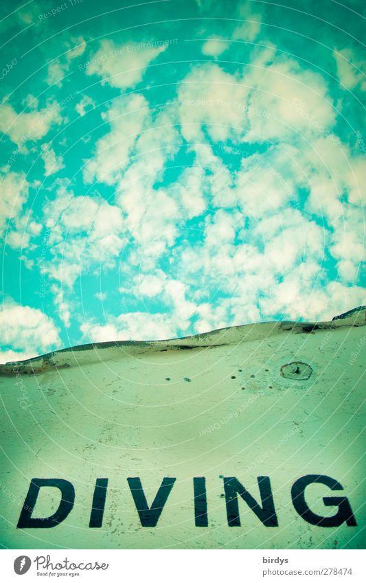 abtauchen Wolken Schriftzeichen blau Perspektive Fassade Schlagwort Großbuchstabe Lateinische Schrift Wolkenhimmel türkis Englisch Himmelsstürmer himmelwärts