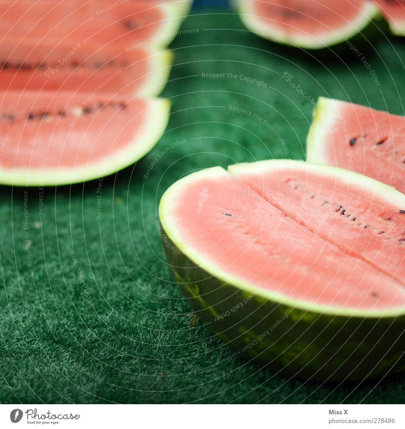 Melone Lebensmittel Gemüse Frucht Ernährung Bioprodukte Vegetarische Ernährung Diät frisch lecker saftig süß rot Wochenmarkt Gemüsemarkt Obstladen Obstverkäufer
