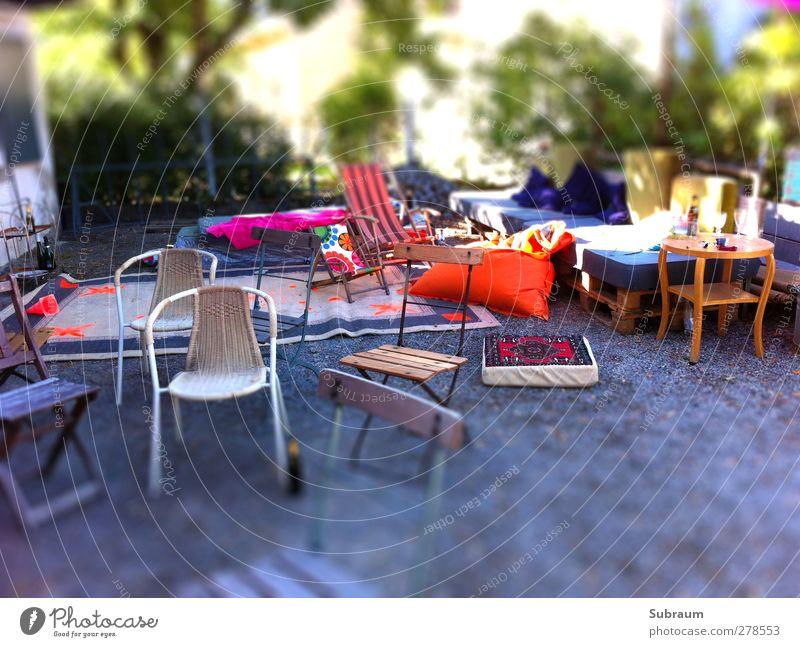 Der Tag danach Freude Stein Garten Party Freundschaft Feste & Feiern Freizeit & Hobby Geburtstag Lebensfreude Möbel Müdigkeit Terrasse