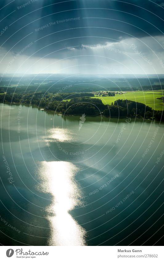 Seenland Bayern Ferien & Urlaub & Reisen Sommer Natur Landschaft Luft Wasser Himmel Wetter Seeufer fliegen Freiheit Chiemsee Deutschland Reflexion & Spiegelung