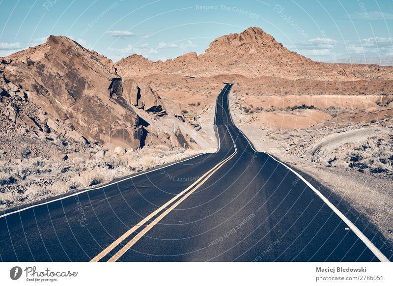 Nevada Wüstenstraße, USA. Ferien & Urlaub & Reisen Ausflug Abenteuer Freiheit Expedition Camping Fahrradtour Sommerurlaub Berge u. Gebirge Natur Landschaft