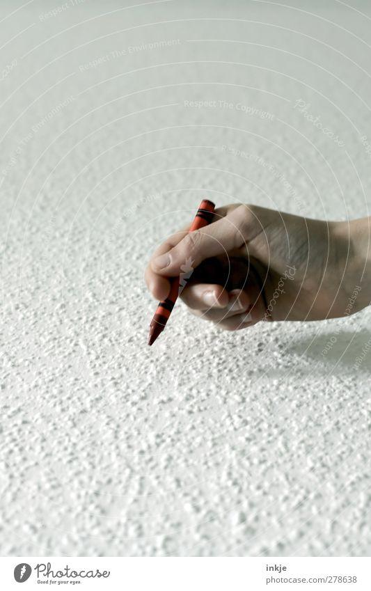 Kinderhände beschmieren Tisch und Wände... Freizeit & Hobby Hand Schreibstift Rotstift Wachsmalstift festhalten zeichnen schreiben rot weiß Beginn Idee