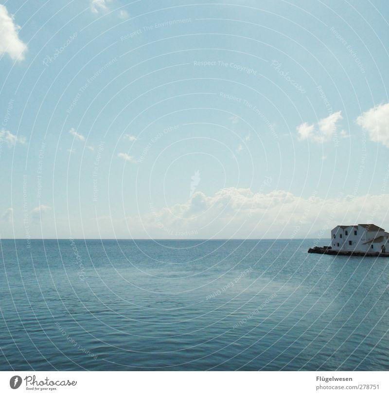 Haus am See Häusliches Leben Wohnung Traumhaus Hausbau bauen Ferienhaus Meer Aussicht Insel Einsamkeit Griechenland verloren Ruhestand genießen