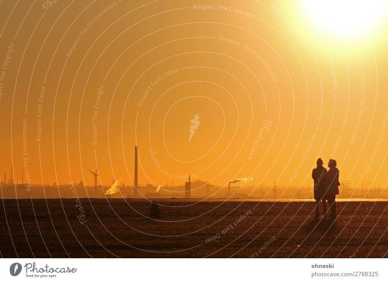 Gespräche Frau Mensch Jugendliche Junge Frau Sonne Ferne 18-30 Jahre Erwachsene Leben feminin Familie & Verwandtschaft Ausflug Horizont Kommunizieren Luft