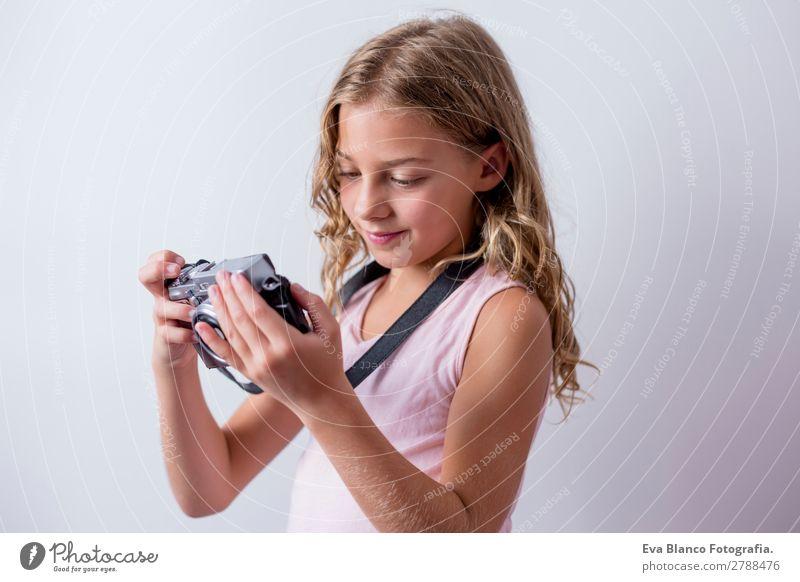 Kind Mensch Ferien & Urlaub & Reisen Sommer schön weiß Haus Freude Mädchen Lifestyle feminin Business Ausflug Freizeit & Hobby retro Technik & Technologie