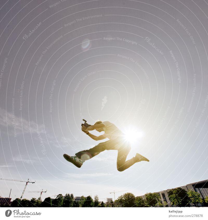 bewegtbild Freizeit & Hobby Videokamera Technik & Technologie Unterhaltungselektronik Mensch maskulin Mann Erwachsene Körper 1 30-45 Jahre Stadt Haus springen