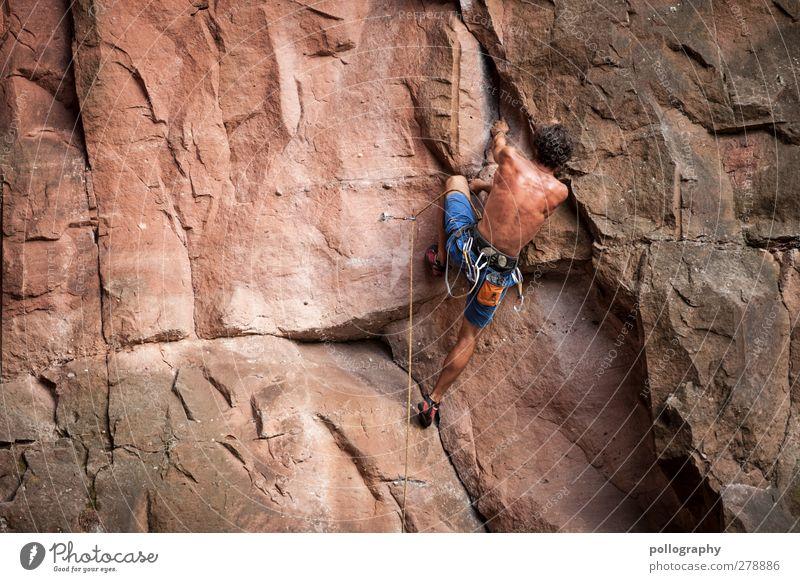 Besieg deinen inneren Schweinehund! Mensch Mann Jugendliche Erwachsene Berge u. Gebirge Sport Junger Mann Felsen 18-30 Jahre Kraft Rücken Freizeit & Hobby