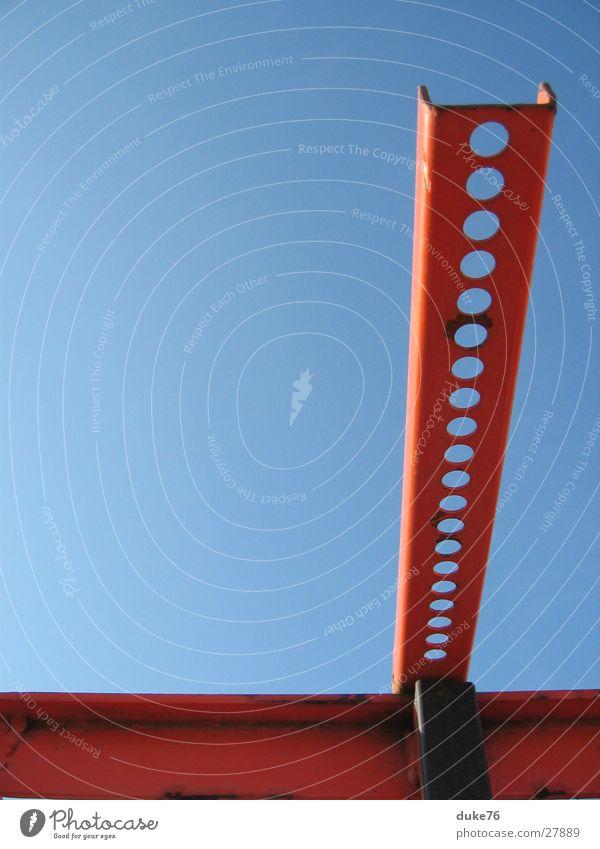 red steel rot Stil Dinge Industriefotografie blau sillleben