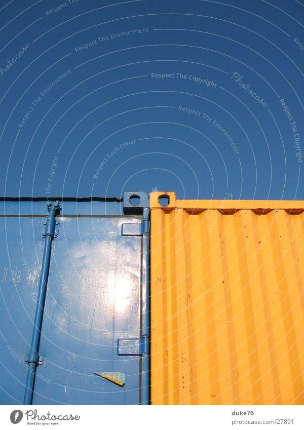 industrial composition Sonne blau gelb Industriefotografie Hafen Dinge Container