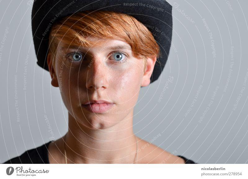 Martina.inside schön Haut Gesicht Berufsausbildung feminin Junge Frau Jugendliche Sommersprossen 1 Mensch 18-30 Jahre Erwachsene Hut Haare & Frisuren blond