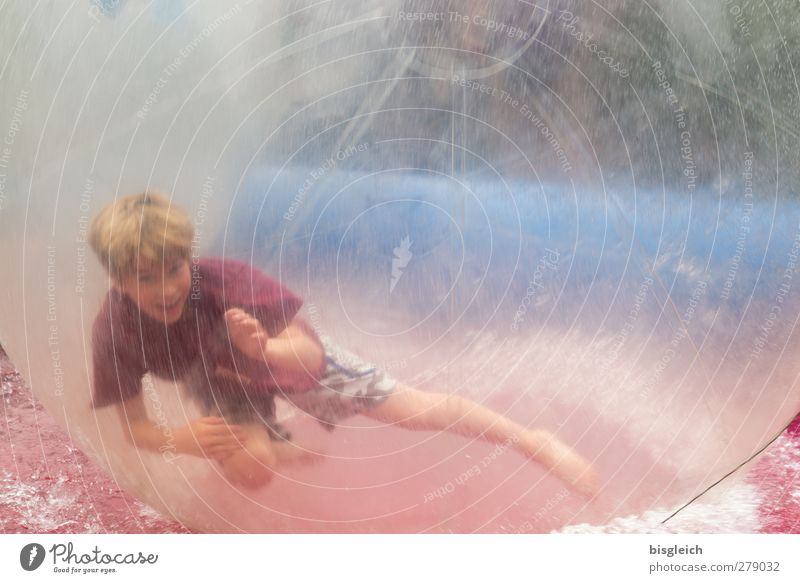 Fun Bubble Wassersport Ballsport Funsport Fun Bubbles Mensch maskulin Junge 1 8-13 Jahre Kind Kindheit Spielen Sport lustig rund blau rot Freude